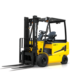 Hyundai 32b-9 electric forklift white background side view